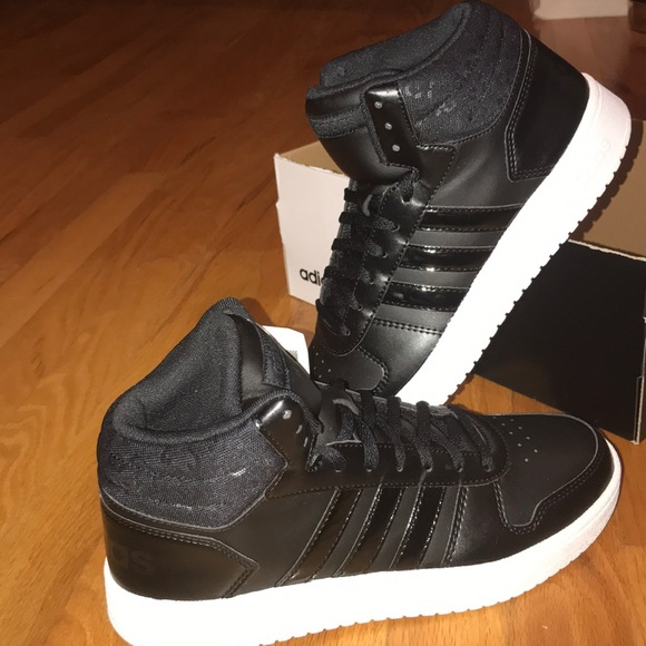 791bef146a0 Adidas Hoops 2.0 MID women s size 9